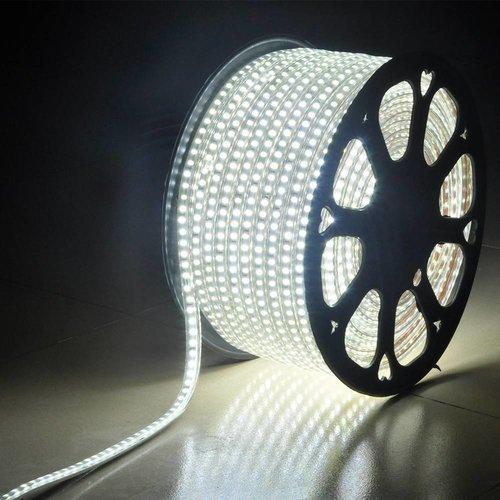 LED-Lichtschlauch 50 Meter 6000K Tageslichtweiß 60 LEDs pro Meter IP65 inkl. Netzkabel Plug & Play