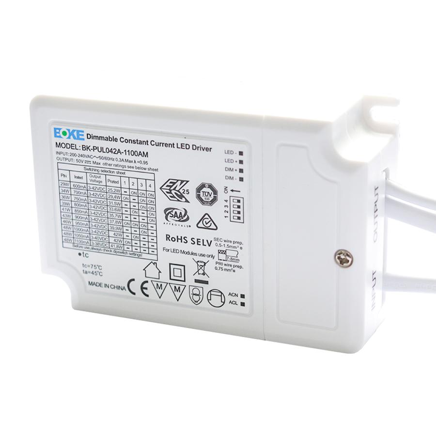 1-10V dimmbarer LED-Panel-Netzteil 36W Boke DC-Anschluss (125lm / W)
