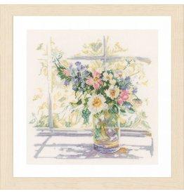 Vervaco Borduurpakket bloemen in zonlicht kaarslinnen