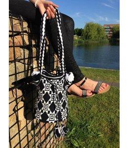 de ligny creations Haakpakket: Mochila Black and White (DLC-001)