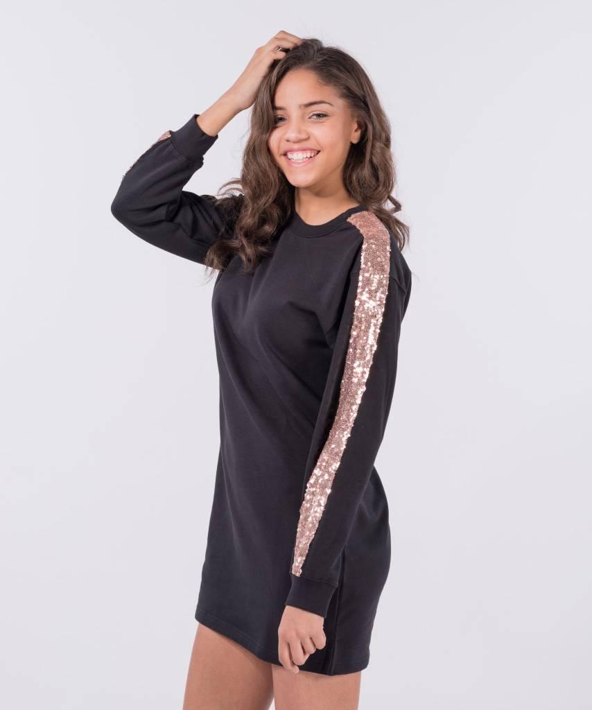 8e61057ee6b Sweater Dress Black Champagne