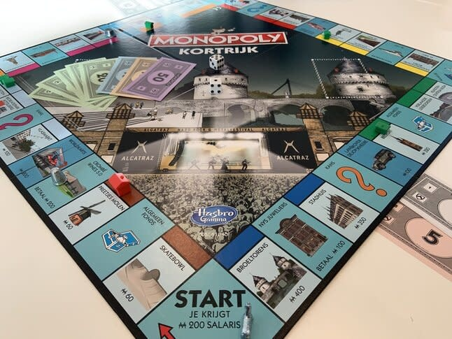 Hasbro Gaming Monopoly Courtrai Limited Edition