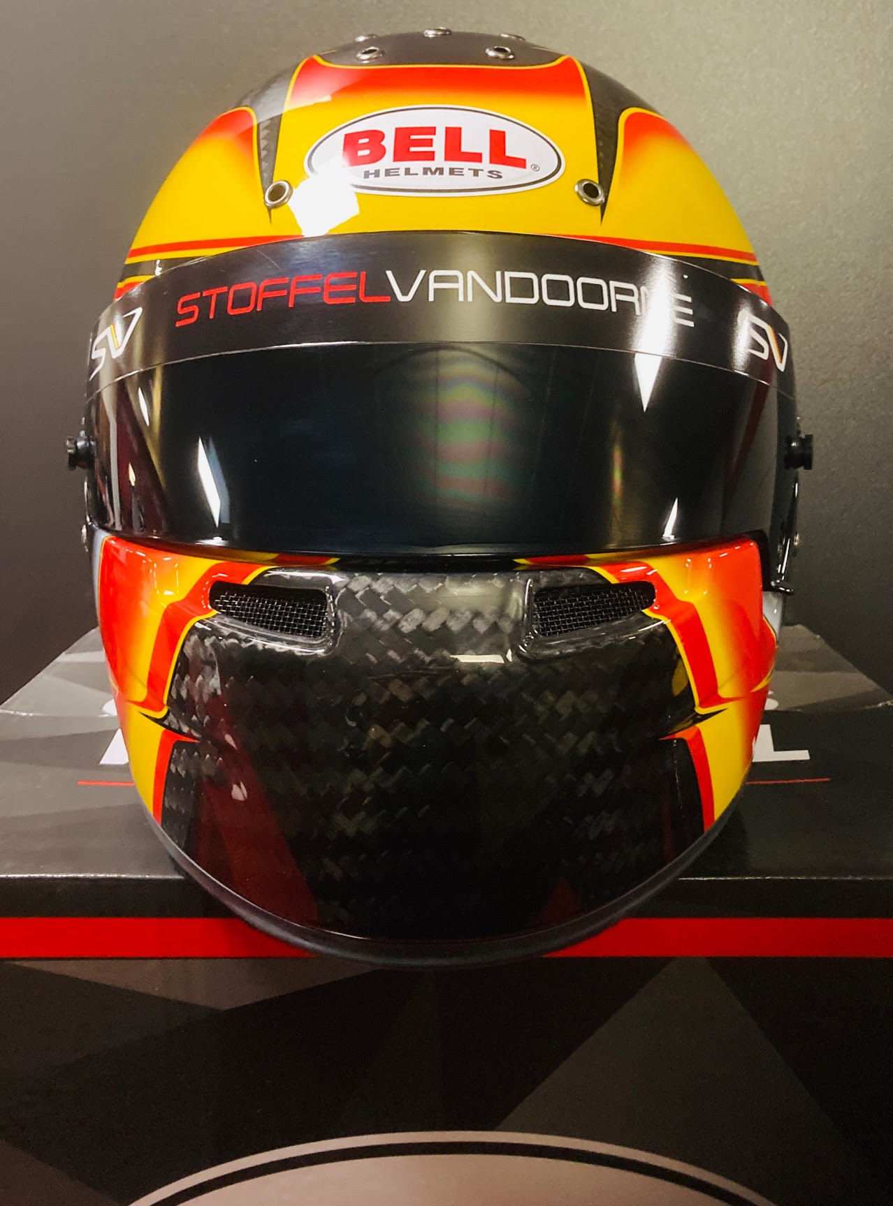 Bell Helmets F1 Replica Helmet 1:1 Stoffel Vandoorne 2018