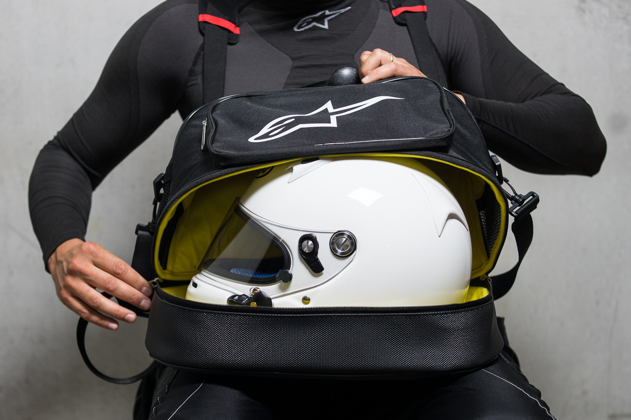How to choose a helmet for karting?