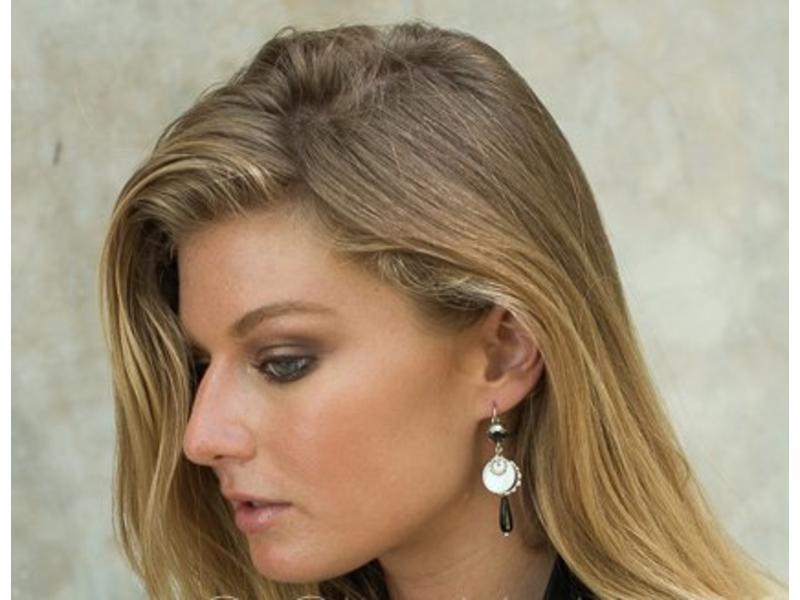 Earring Black Ash
