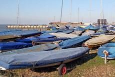 Le nettoyage des voiles de bateau est une tâche simple grâce à ces conseils