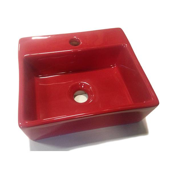 Bathroom Mania red fountain