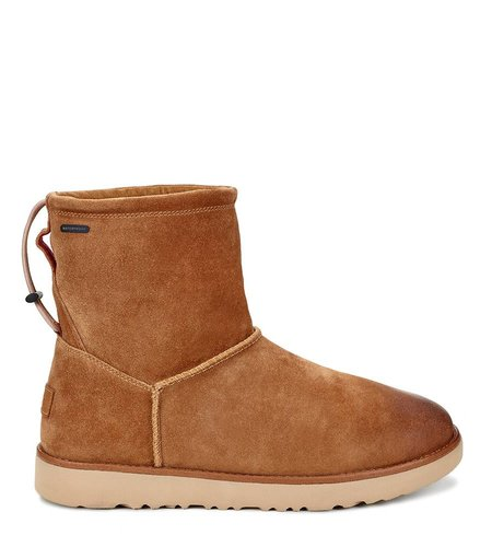 UGG  Classic Toggle Waterproof Chestnut