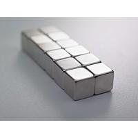 Sterke kubusvormige magneten 10x10x10 mm.