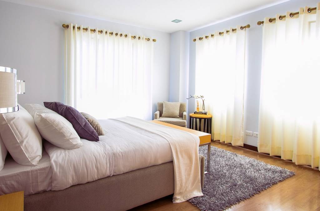 Top 5 Tips to Improve Your Bedroom on a Tight Budget