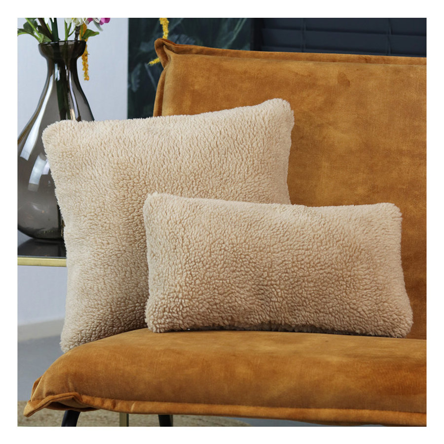 Pillow Tess teddy Taupe 25 x 45 cm