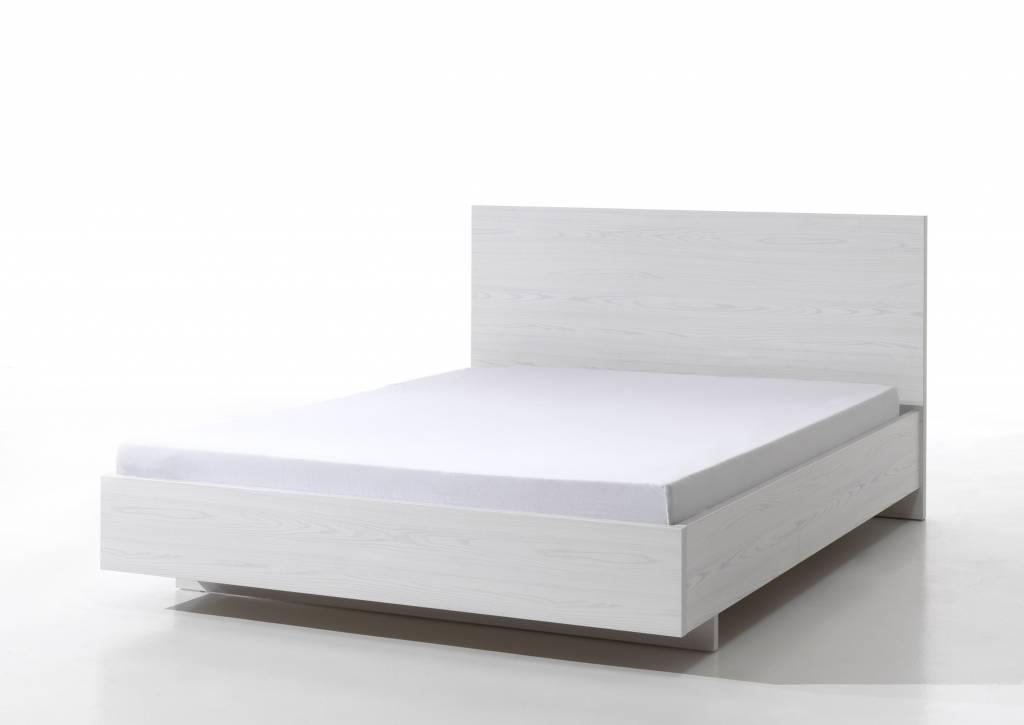 Bed 140 200 Slaapkamer Bedden.Het Meubelhuis Bed 140x200 Helga Het Meubelhuis