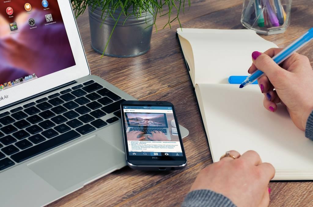 Hoe je bureau inrichten? Met deze 5 tips, natuurlijk!