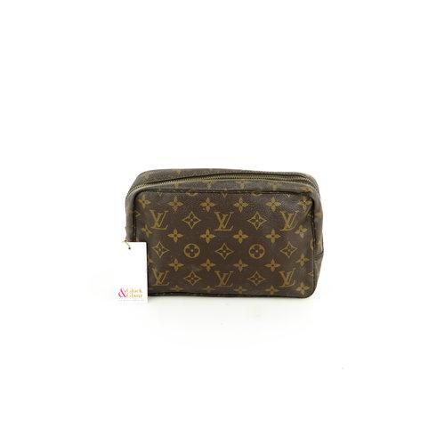 Louis Vuitton Kulturtasche 23