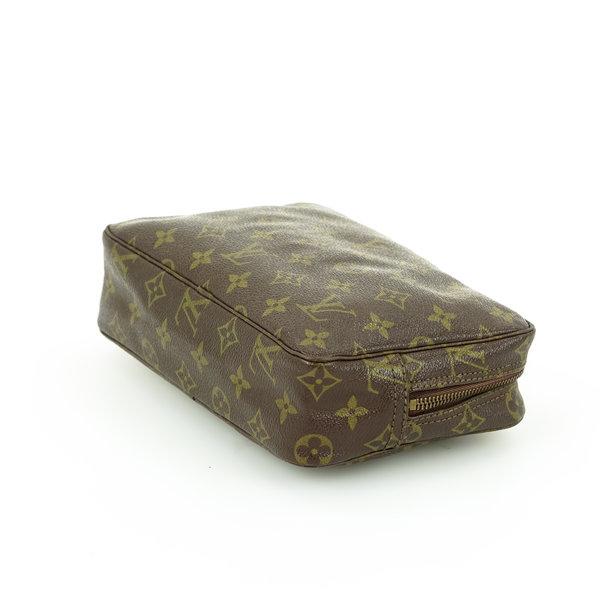 Louis Vuitton Kulturtasche 23 Monogram