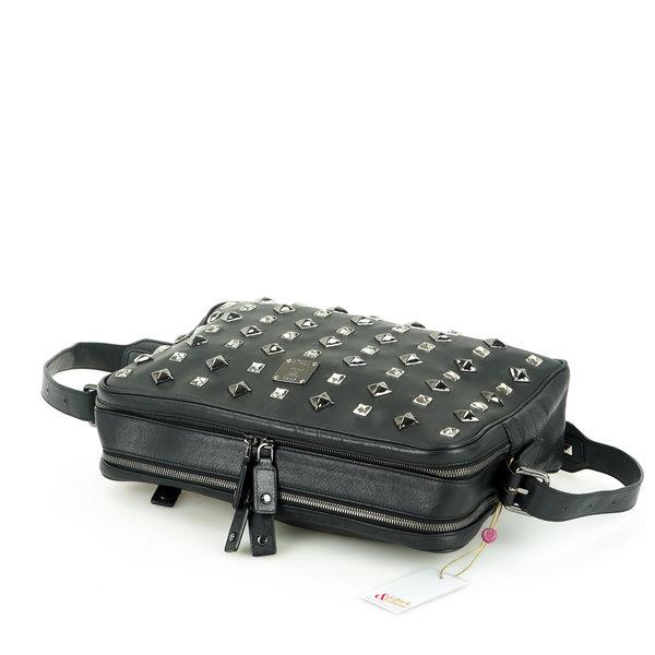 MCM Messenger Bag mit Nieten