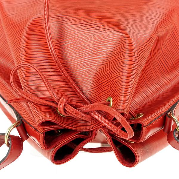 Louis Vuitton Noe Grande Epi Leder