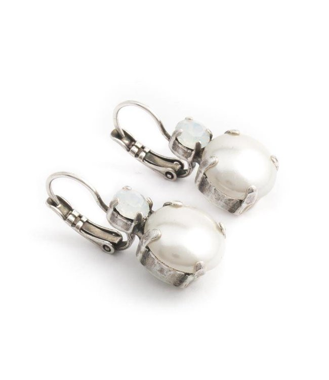 Mariana Witte oorbellen met parel en kristal