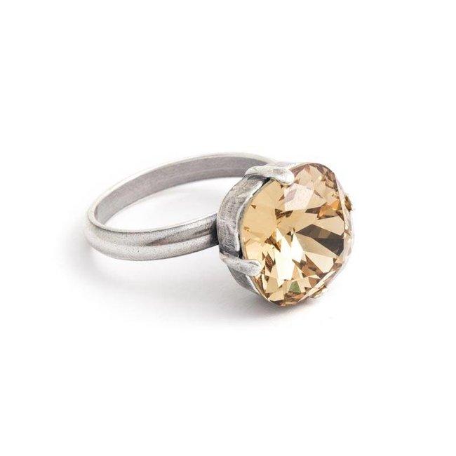 Beige ring met 12 mm Swarovski kristal