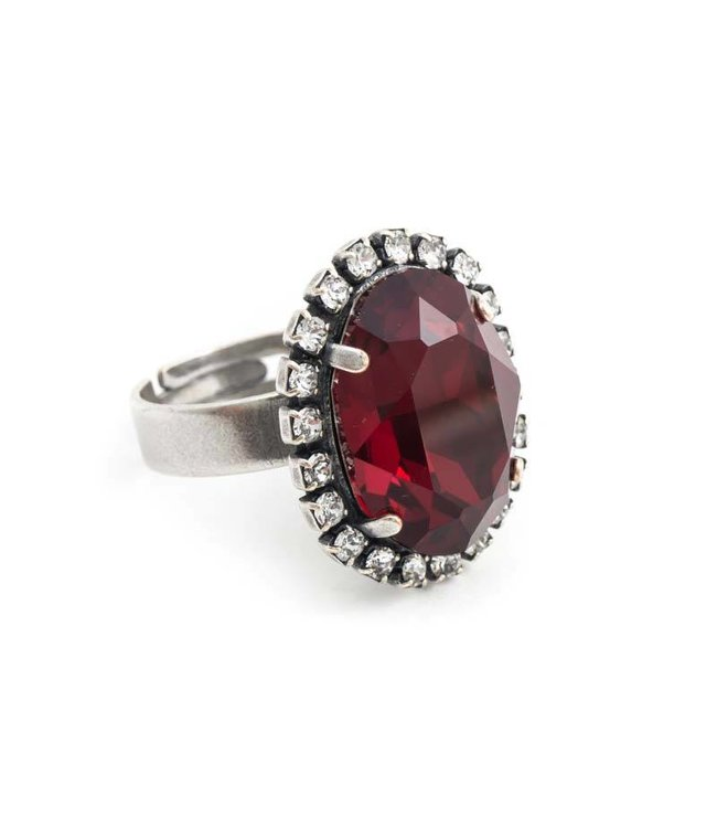 Krikor Ovale rode ring met Swarovski kristal
