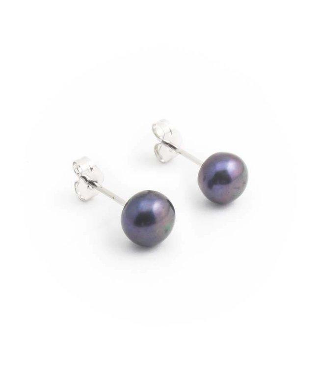 Aurora Patina Zilveren oorknopjes met blauwe zoetwaterparels 7 mm