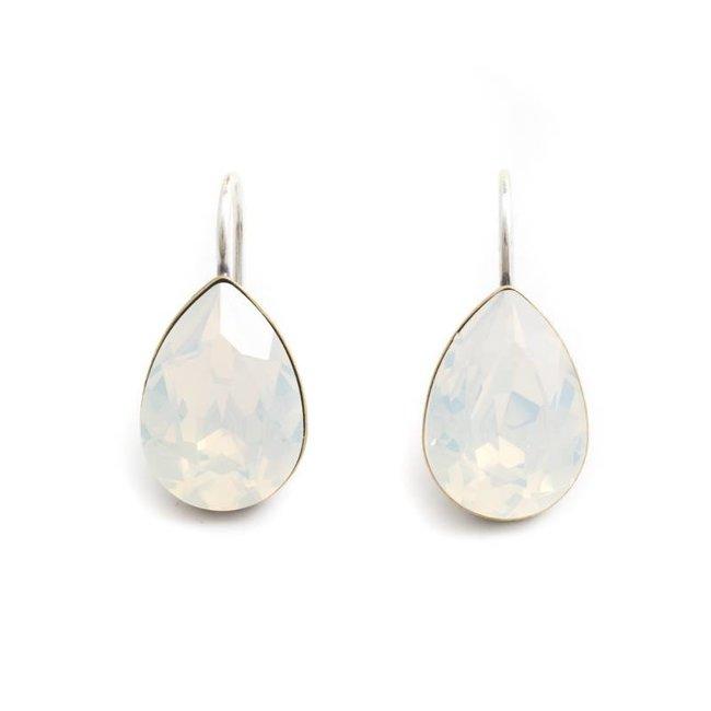 Krikor Druppel oorbellen opaal wit kristal