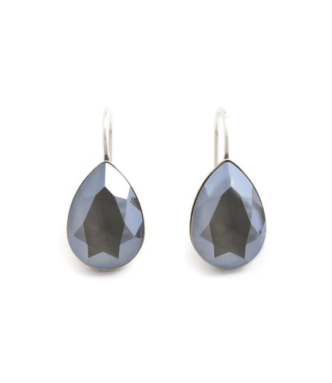 Krikor Druppel oorbellen met grijs  Swarovski kristal