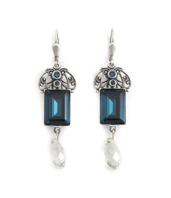 Krikor Licht blauwe oorbellen met kristal