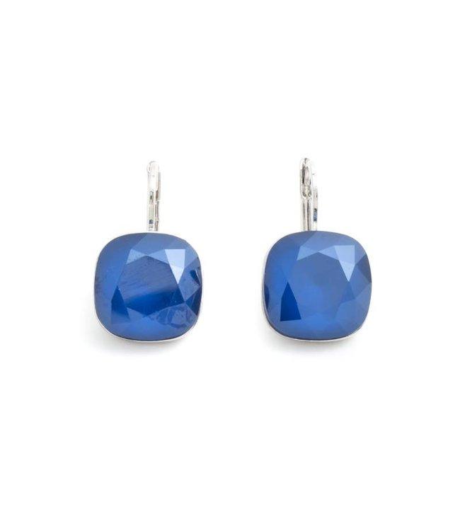 Krikor Vierkante oorbellen met blauw Swarovski kristal
