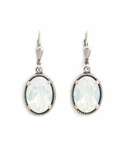 Krikor Ovale oorbellen wit opaal kristal