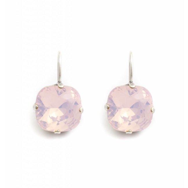 Krikor Vierkante oorbellen opaal roze kristal