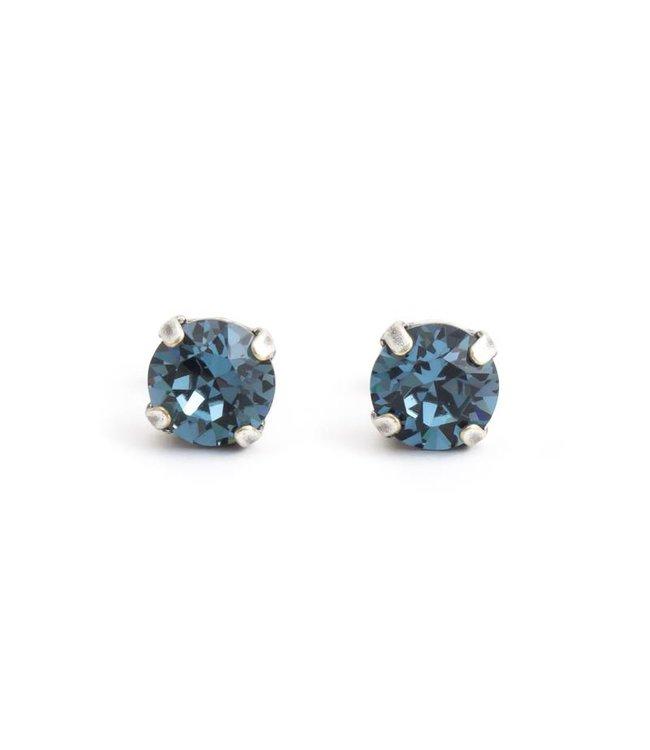 Krikor Verzilverde oorknopjes met 8 mm denim blauw kristal