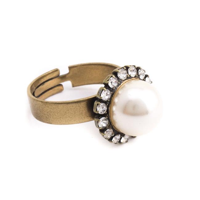 Crème witte parel ring met 10 mm parel en kristal
