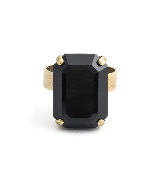 Krikor Rechthoekige zwarte ring met Swarovski kristal