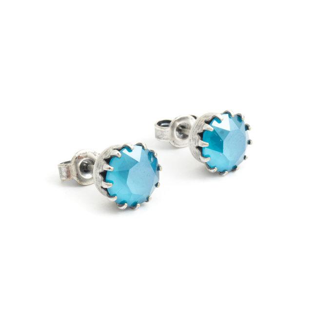 Krikor Licht blauwe oorknopjes 9 mm