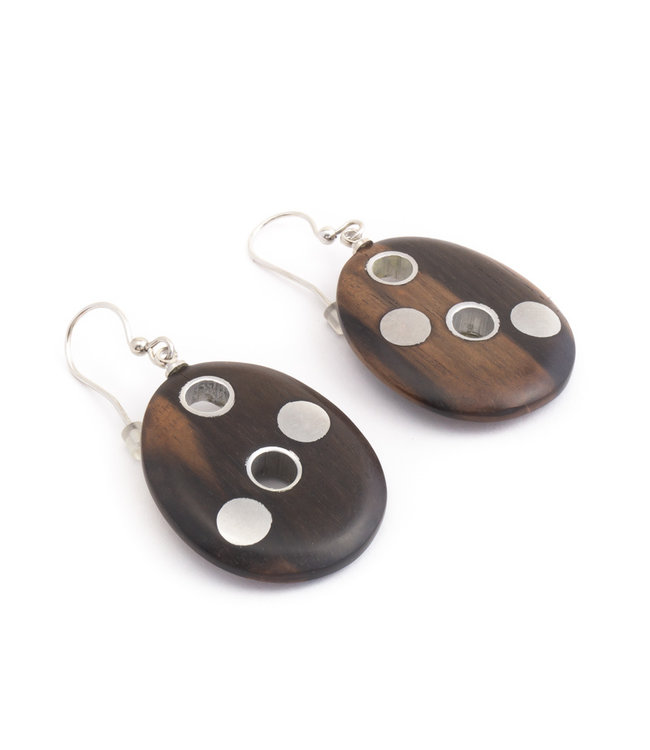 Culture Mix Ovale oorbellen met hout en metaal