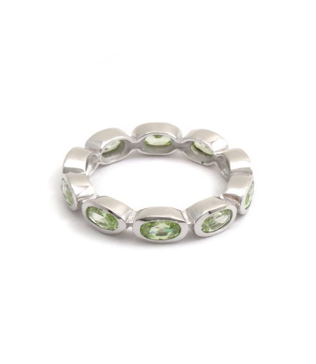 Aurora Patina Zilveren ring met 10 groene peridot edelstenen