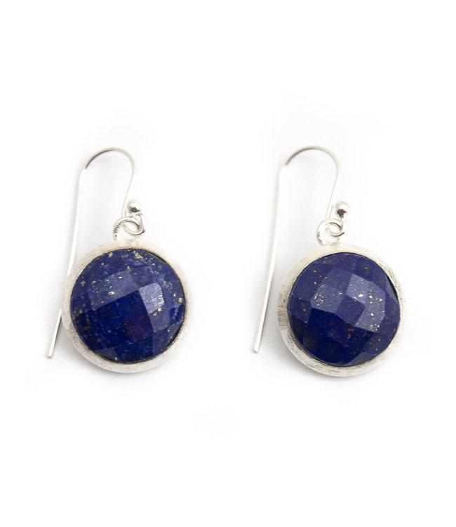 Aurora Patina Ronde zilveren oorbellen met blauwe lapis lazuli