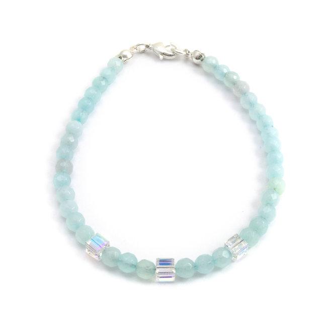Armband met blauwe aquamarijn en kristal