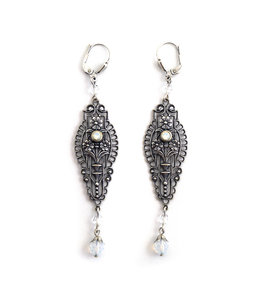 Krikor Lange oorbellen opaal kristal