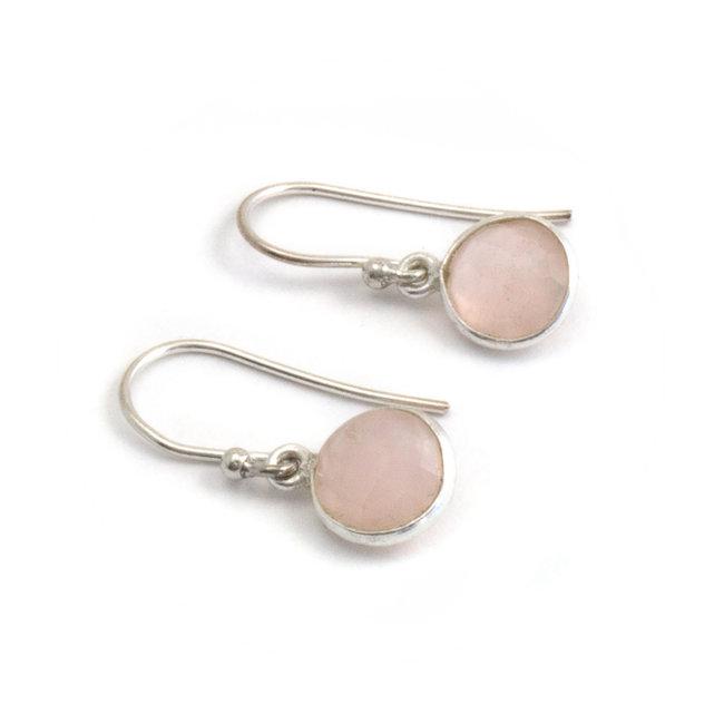 Zilveren oorbellen met rozenkwarts  8 mm