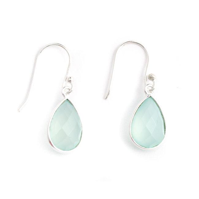 Zilveren oorbellen met aqua chalcedoon