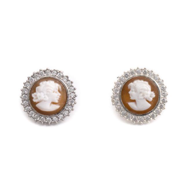 Zilveren camee oorbellen met steker 15 mm