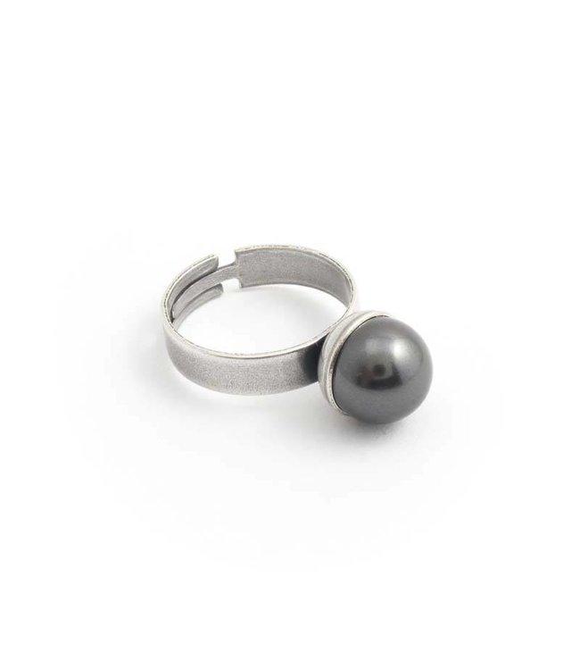 Krikor Grijze parel ring met 10 mm dark grey parel