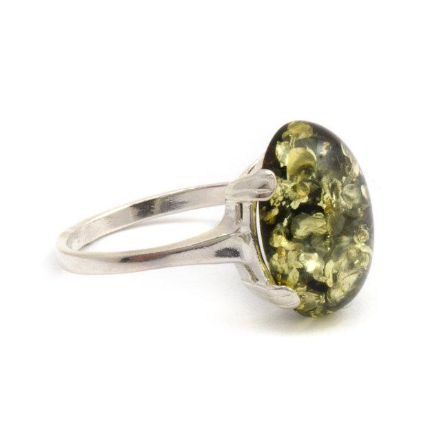 Zilveren ring met groene barnsteen ovaal maat 19
