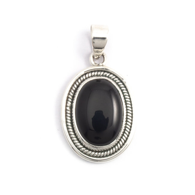 Zilveren hanger met zwarte onyx cabochon