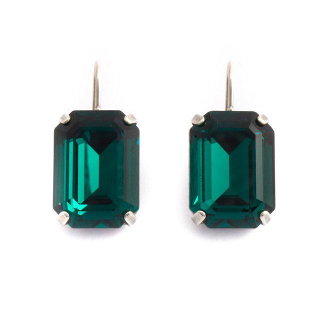 Rechthoekige oorbellen met groen Swarovski kristal