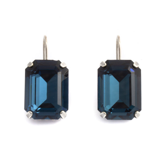 Rechthoekige oorbellen met blauw Swarovski kristal