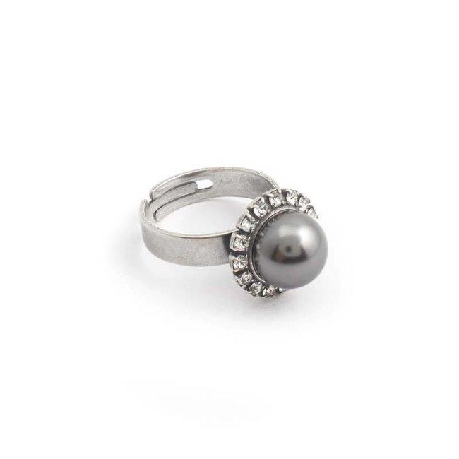 Krikor Grijze parel ring 10 mm kristal