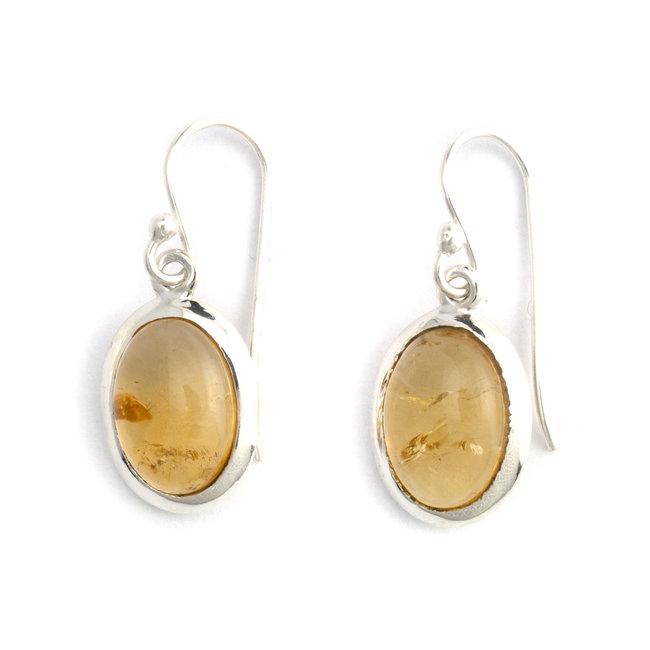 Zilveren oorbellen met ovale citrien